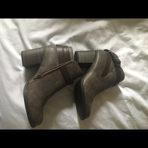 Nwt soda brown boots 8.5
